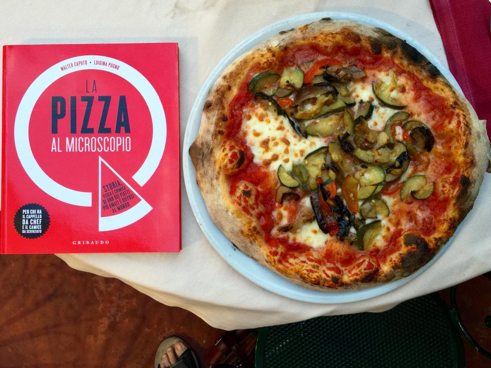 libro sulla pizza